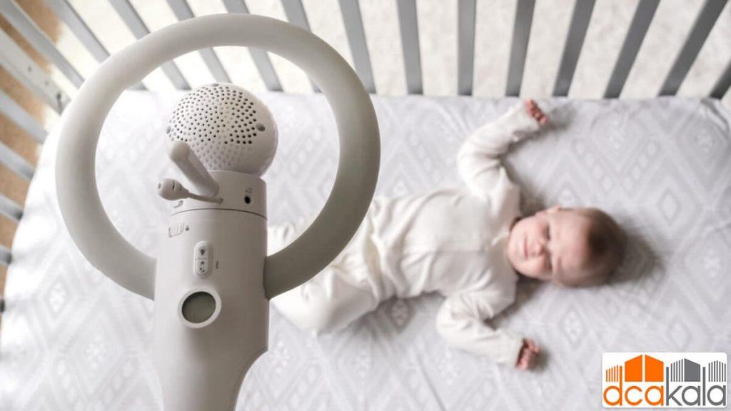 دوربین بالای سر نوزاد